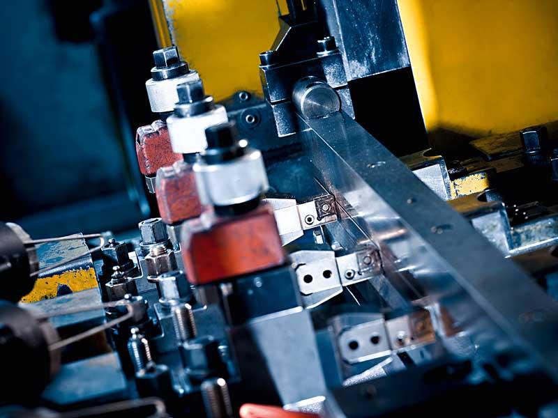 Kompetenz Metall Stahl Kantenbearbeitung